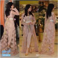 kim kardashian stil kleider großhandel-Kim Kardashian Märchenart Celebrity Lace Abendkleider mit langen Ärmeln Applikationen Hi-lo Split Prom Kleider