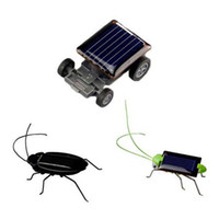 Lovely Mini Kids Solar Energy Powered Children Juguetes Locust Solar Crazy Grasshopper Amarillo y Verde Solar Power Robot Insecto Bug Moving Toy