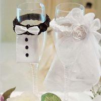 Wholesale Bride Groom Wine Glasses - Wedding decoration 2 PCS Bride & Groom Tux Bridal Veil Wedding Party Toasting Wine Glasses Decor