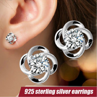 Wholesale Korean New Sterling Silver Delicate Fashion four leaf clover Anti allergy ladies earrings jewelry