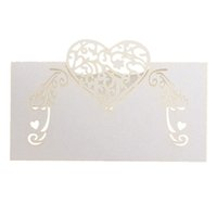 50pcs Laser Cutting Wedding Invitation Cartões de mesa de papel, Elegent Place Card Card Heart Shape Unique Wedding Party Decoration