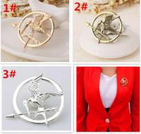 Wholesale arrow brooches resale online - 100pcs best price colors The Hunger Games Brooches Inspired Mockingjay And Arrow Brooches Pin Corsage Promotion European D429