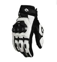 weiße schwarze motorradhandschuhe großhandel-2015 Modelle Frankreich Furygan AFS 6 10 Top Rennhandschuhe Motorradhandschuhe Lederhandschuhe mit Kohlefaser schwarz / weiß Größe M L XL