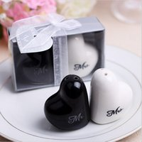 "Wholesale Cheap Salt Pepper - 400pcs=200pairs Cheap Heart Shaped ""Mr. & Mrs."" Ceramic Salt & Pepper Shakers for Wedding Favors Gifts Supplies DHL shipping"