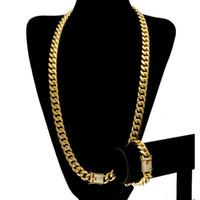 elmas 24k gold toptan satış-Paslanmaz Çelik 24 K Katı Altın Elektrolizle Döküm Toka W / Elmas Küba Bağlantı Kolye Bilezik Erkekler Için Curb Zincirler Takı Seti 10mm / 14mm