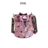 cadeia geométrica venda por atacado-Venda quente Marca Designer Handbag Bag de Alta qualidade Geométrica Bolsas Manta Cadeia Ombro sacos Crossbody Laser BaoBao Saco de Diamante