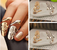 New Requintado Cute Retro Queen Dragonfly Design Rhinestone Plum Serpente Ouro / Prata Ring Finger Nail Rings