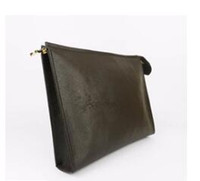Wholesale leather travel pouch men - Free Shipping New Men's Travel Toiletry Pouch 26 cm Protection Makeup Clutch Women Genuine Leather Waterproof Cosmetic Bags For Women
