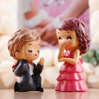 Wholesale bride groom figurines - 1Pair Proposal Groom Bride Wedding Ornaments Figurines Miniatures Fairy Garden Gnome Moss Terrariums Craft Decoration Accessories DIY Zakka