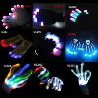 guantes de navidad iluminados al por mayor-7 Diseños nuevos guantes de destello del LED de la Navidad de Halloween Guantes del resplandor del baile Guantes del noctilucent del concierto encendidos guantes 100pairs C083