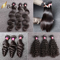 doğal renk brezilya kıvırcık saç toptan satış-Bella Hair® 8A İşlenmemiş Brezilyalı Saç Demetleri Bakire Saç Uzantıları İnsan Saç Dokuma Doğal Renk Vücut Dalga Düz Gevşek Dalga Kıvırcık