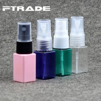 Atacado- Atacado 10ml Small Square Bottle Spray Pump Plastic Bottles Container Portable Sampler 50pc / lot Frete grátis