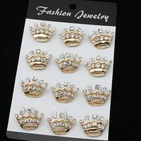 Wholesale cake decorations china - Stunning Crystal Fashion Gold Alloy Small Crown Brooch Hot Selling Cake Pins Brooches Decoration Exquisite Wedding Jewelry Pins