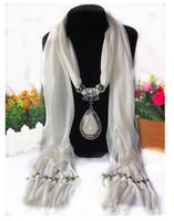ingrosso pullover commercio-HWJ1002 Tear Drop Pendente Sciarpe commercio europeo e americano Poliestere resina sciarpe frange jersey lega jewelach scialle 160x50cm.20pcs / lot