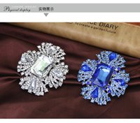 Wholesale Refined Crystal Diamond - Selling high-end luxury crystal sapphire refined atmosphere full of diamond brooch fur accessories collar flower brooch pin