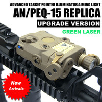 flambeaux achat en gros de-Laser vert tactique AN / PEQ-15 avec illuminateur IR de torche à lampe de poche blanche à DEL pour la chasse en extérieur, terre noire / sombre