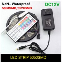 5050 3528 SMD LED Light Strip DC12V 5M 60LED / M Fiexble Light Led Tape + 44Keys Telecomando IR + Alimentazione 2A