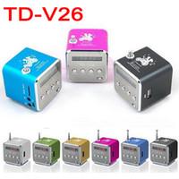 tarjeta de td al por mayor-TD-V26 Mini portátil Micro SD Tarjeta TF Altavoz de disco USB MP3 Música Reproductor de MP3 Amplificador Estéreo Antena de FM Radio con LED multicolor parpadeando