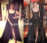 faldas negras calientes al por mayor-2019 Elie Saab Sonam Kapoor Ocasión Vestidos de baile Hot Sexy Perlas de encaje negro Cristal sobre faldas Vestidos de noche divididos Dubai Arabia Árabe