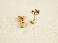 círculos de oro planas al por mayor-10Pair- S025 Gold Silver Tiny Round Stud Pendiente Cute Polishing Disco Stud Earrings Simple geométrica Flat Circle Stud Earrings