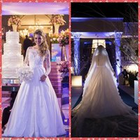 2016 Incredibile Ritratto Abiti ricamo Appliques del merletto sirena da sposa Slim vita naturale Fishtail Bridal Gowns Nastro online