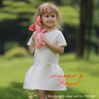 tip kız elbiseleri toptan satış-Pettigirl Asil Prenses Kızlar Beyaz Elbiseler Ile Altın Çiçek Tipi Yaz Bebek Kız Elbise Çocuk Giysileri GD80828-113F Için