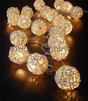 rattan dize ışıkları led toptan satış-2015 toptan 5 M 20 LED Sıcak Beyaz Rattan Topu LED Dize Aydınlatma Tatil Noel Düğün Perde Dekorasyon Işıkları Noel renkli