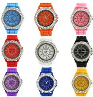 кристаллы свободного кварца оптовых-Wholesale-Free Shipping Women watches Geneva Crystal Watch Jelly Gel Silicon Girl Women's Quartz Wrist Watch Candy Colors,2014 Hot sale!