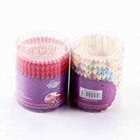 Al por mayor-AMW 150 unids / bolsa Mini Round Magdalena Liners Cupcake Paper Muffin Cases Hornear Accesorios 9 cm