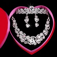 Wholesale Cheap Crown Pendants - Cheap Bridal Jewelry Sets Luxury Artificial Rhinestone Pendant Necklaces Chandelier Earrings Crown For Wedding Bridesmaid Party Sale