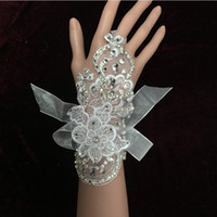 Wholesale Cheap Mittens Gloves - Elbow Length Wedding Accessory Wedding Gloves Tulle net Satin Bridal Gloves White  Beige Mitten Personalized Cheap 2015 Winter New Arrival