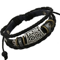 Retro Stainless Steel Multi-layer Leather Bracelet Punk Hand-weaving Factory Atacado pode ser personalizado Preço barato