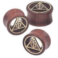 piercing joyería triángulo al por mayor-Mezcle 8-20 mm Death Triangle Piercing Túneles Tapones para los oídos Calibradores Cuerpo de madera Joyería Expansor de oídos