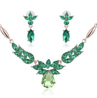 Wholesale Top Unisex Necklaces - Top Quality Necklace Earrings Jewelry Set Creative Flower shape Crystal Jewelry Sets For Women Wedding Jewelry Sets 61152089