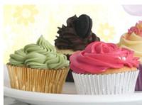 molde de papel muffin al por mayor-CALIENTE hoja de plata de oro cajas de magdalenas papeles moldes para muffins tazas para pasteles molde para hornear
