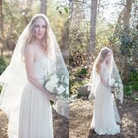Wholesale China Yarns - Stunning 2017 White Ivory Tulle Two Layer Bridal Veils Cheap Waltz Length Wedding Veils Custom Made China wedding veils bridal