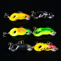 Wholesale carp lure frog for sale - Group buy ABS Plastic frog hard bait cm g colors durable frog Type hooks bass carp fishing lure