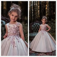 Wholesale Sleeveless Lace Girl Shirt - 2018 Scoop Neck Satin A Line Flower Girls Dresses 3D Lace Applique Beaded Ruched Girls Dresses Formal Runaway Wears BA7468