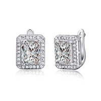 Wholesale 925 18k Gold - ORSA New Arrival 2 ct Emerald Cut Cubic Zircon Earring Stud 925 Silver Ear Clip Design Baguette Earring For Ladies OE95