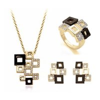 Wholesale Engagement Rings For Women - 18K Gold Plated Full Rhinestone Necklace Earrings Rings Sets For Women Wedding Jewelry Set Fashion Bride Jewelry Sets 1270