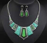 conjuntos de collar artificial al por mayor-Conjuntos de joyas para mujeres Collar de esmalte de piedra artificial Conjuntos de cuatro colores Collar llamativo Conjunto de joyas de moda