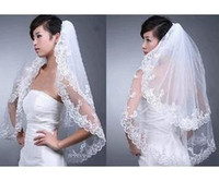 Wholesale New Veils - Layers New Elegant Lace White Wedding Bridal Bride Veil Comb Free Shipping 2015 new arrival Short Tiers Bridal Veils Tulle Natural Bottom