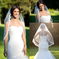 véus bordados marfim do casamento venda por atacado-One Layer Lace Veils ponta do dedo Com Pente re-bordado véu de noiva véu de renda marfim scallop véu de noiva acessórios de noiva CPA267