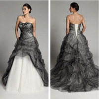 Wholesale Tulle Draping Wedding - 2017 New White and Black Wedding Dresses Sweetheart Sleeveless Applique Beaded Ruffles Sweep Train Tulle Princess Wedding Gowns W101