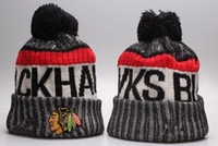 Новые Beanies Blackhawks 2017 Hot Knit Hockey Beanie Pom Pom Knit Hats Бейсбол Футбол Баскетбол Спорт Beanies Mix Match Order Все шапки
