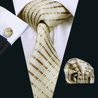 ingrosso cravatte gialle per gli uomini-Cravatta classica in seta per uomo giallo gemelli Hanky Set Mens Cravatta formale in tessuto jacquard intrecciata 8.5cm Larghezza Casual Set N-0656