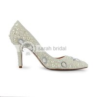 2015 Sapatos de casamento modestos com pérolas de strass Aperte o dedo do pé com ponta de salto alto Custom Made Ivory Woman's Party Prom Evening Evening Shoes MA0252