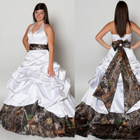 Wholesale Camouflage Long Skirts - Camo Plus Size Wedding Dresses Forest Ball Gown V Neck Halter Satin Camouflage Bridal Gowns Cowgirls Wedding Gowns