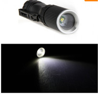Epacket libre, 7W 450lm 1 Mode CREE XP-E Q5 LED ZOOMABLE Mini lampe de poche LED Lampe torche par AA / 14500 Batterie (sk69)