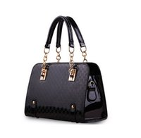 Wholesale low priced handbags - Wholesale-Low-priced Sell!high quality European brand handbag women bag fashion women messenger bag Bolsas Patent leather bag free send